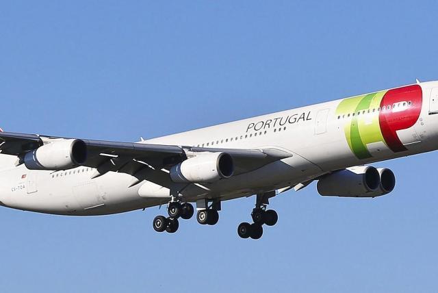 Portugal defiende a aerolínea señalada por Maduro