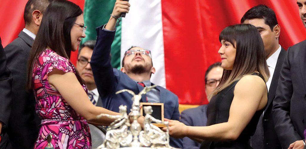 Alexa Moreno quiere ser la abanderada de México