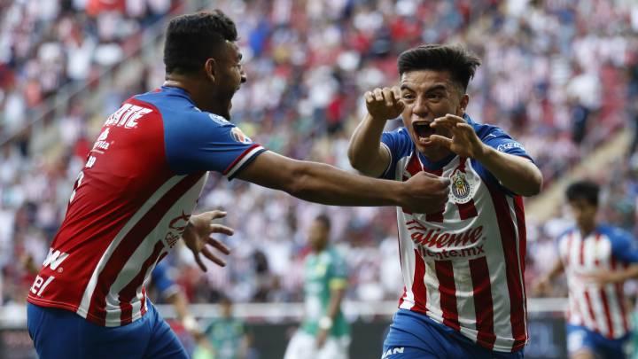 Chivas gana al León y entra a zona de liguilla