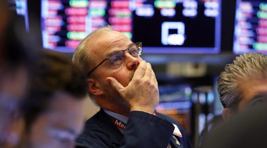 Suspenden operaciones BMV y Wall Street por caída de 7%
