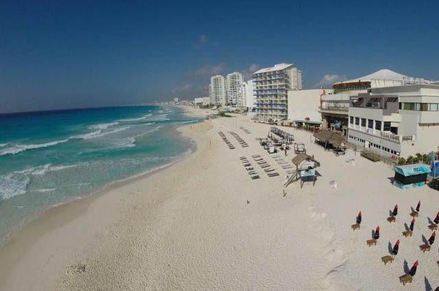 Imparable tendencia a la baja del turismo en Cancún