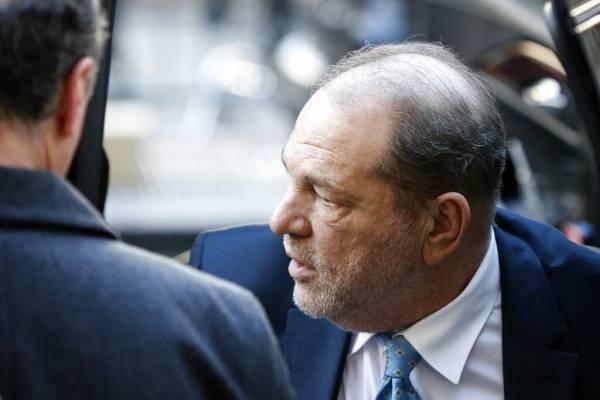 Condenan a Harvey Weinstein a 23 años de cárcel