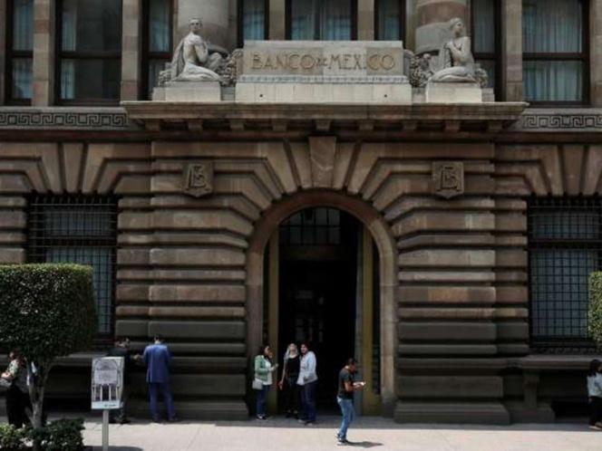 Banxico reduce tasa de interés en 50 puntos base