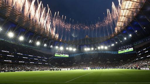 Clubes de la Premier League presionan para retomar la actividad