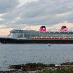 Cozumel recibirá a mexicanos varados en crucero de Disney