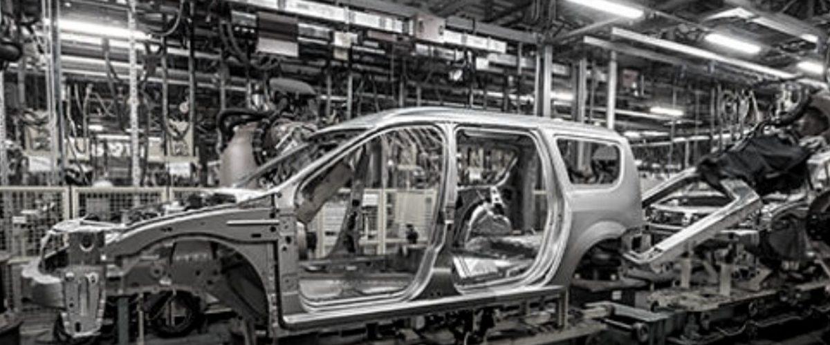 Caé la exportación de vehículos 90.2%
